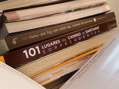 El Camino de Santiago: apuntes básicos en dos libros prácticos
